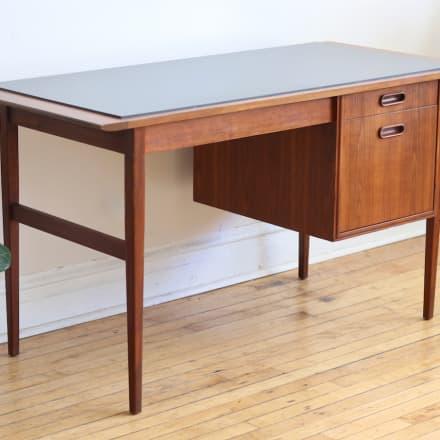 Mid Century Modern Jack Cartwright Walnut Desk