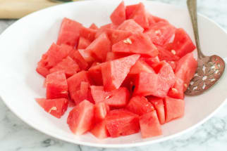 The very best way to cube watermelon