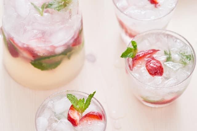 Recipe Strawberry Mojito Pitcher Kitchn