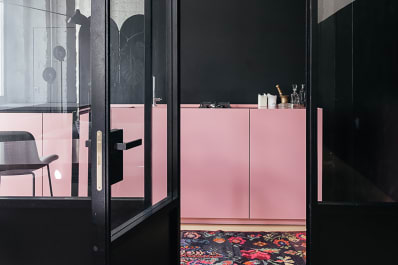 The New Pink Kitchen Is Not What Youd Expect Apartment Therapy - Apartment-therapy-kitchen