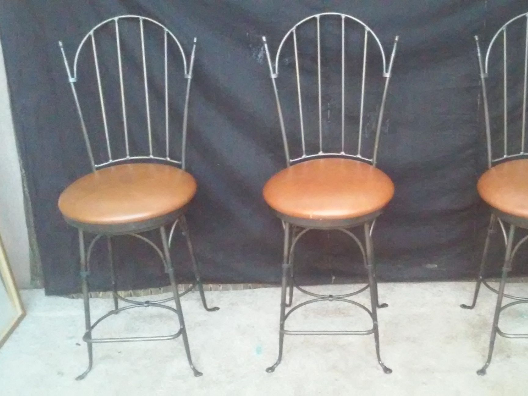 Stupendous Charleston Forge Shaker Arch Swivel Bar Stools Caraccident5 Cool Chair Designs And Ideas Caraccident5Info
