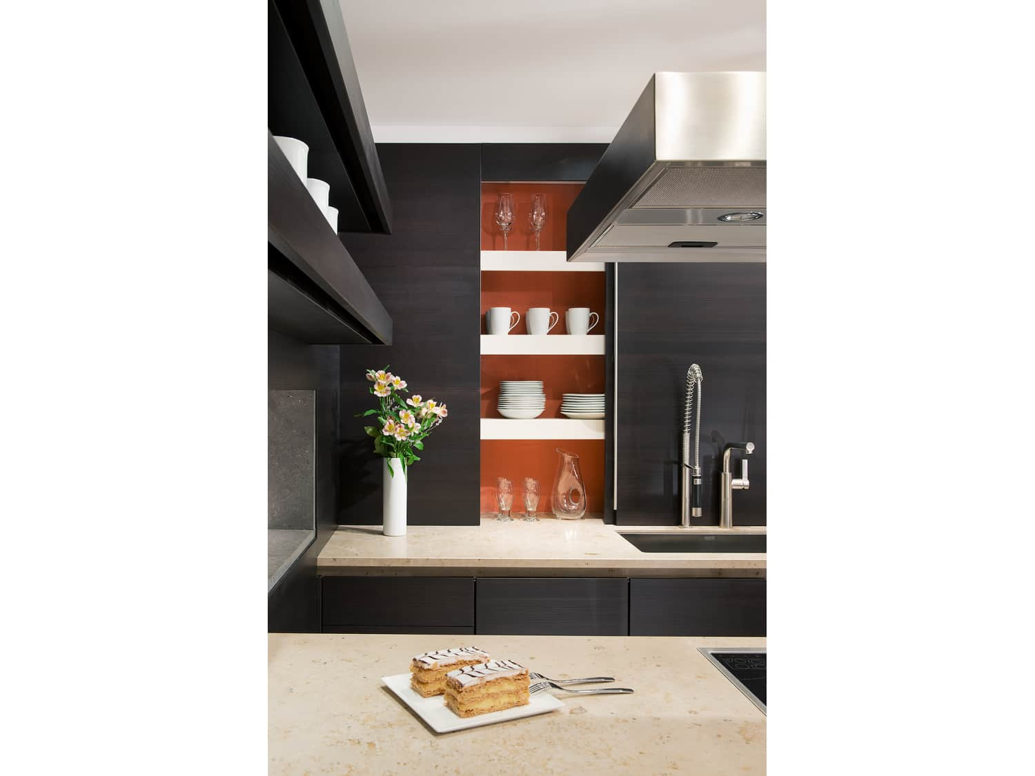 SieMatic Kitchen Display Cabinets with Appliances
