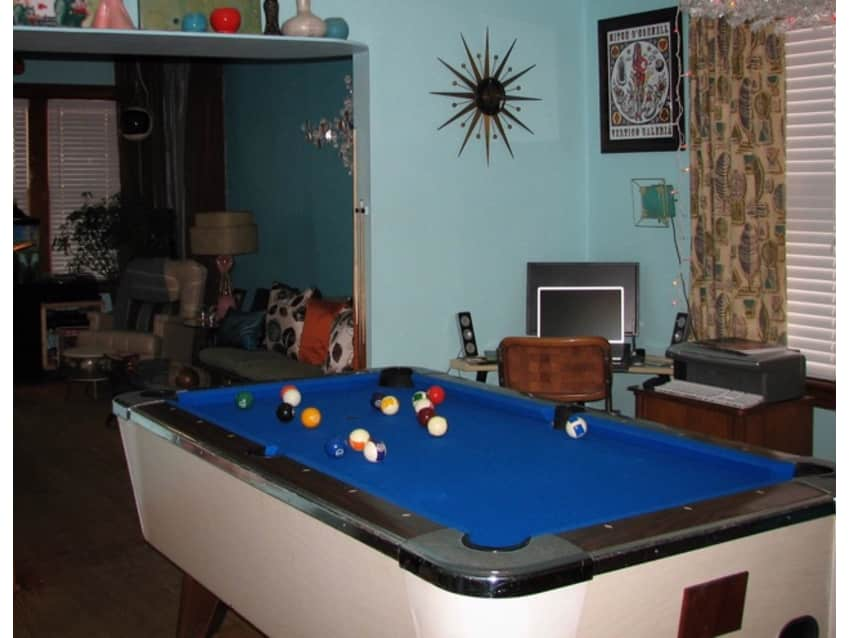 6 Foot Coin Op Slate Pool Table White W/blue Felt