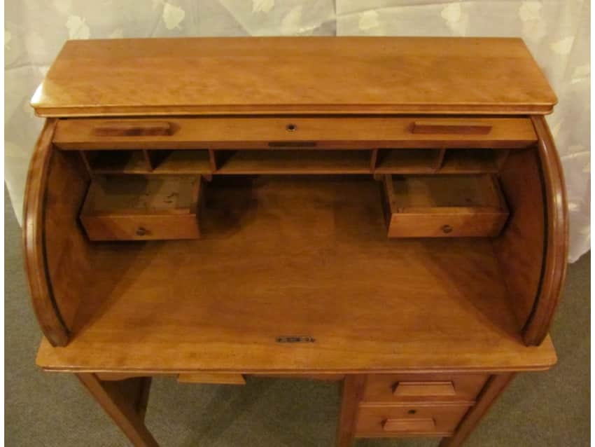 Apartment Therapy Marketplace - Vintage Juvenile, Childs Roll Top Desk 1940 – 50s. - Apartment