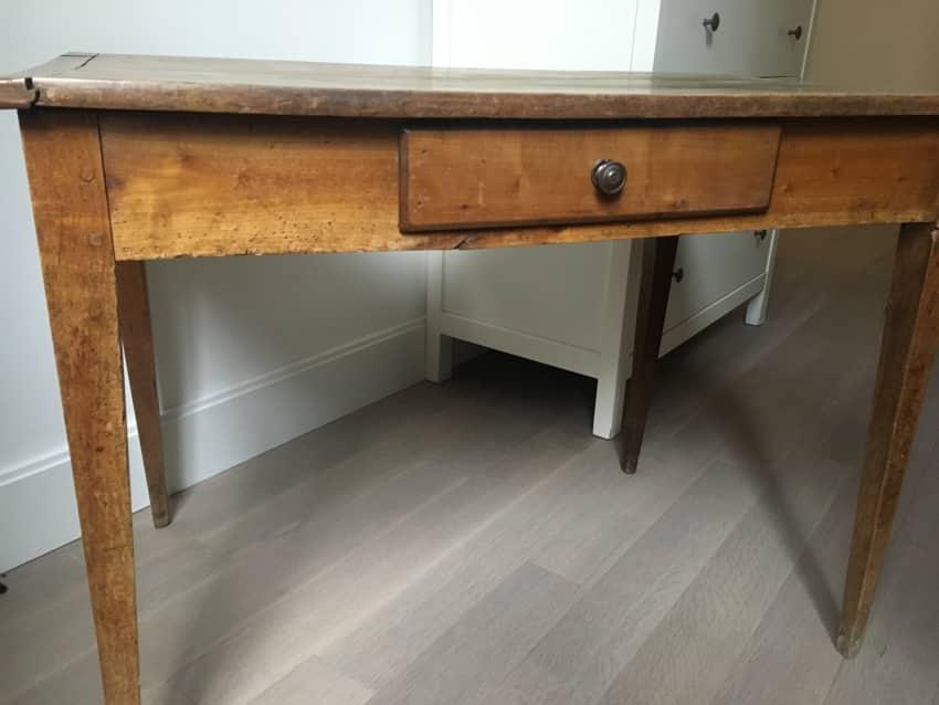 Adorable Antique Work Desk - Adorable Antique Work Desk - Apartment Therapy Marketplace Classifieds