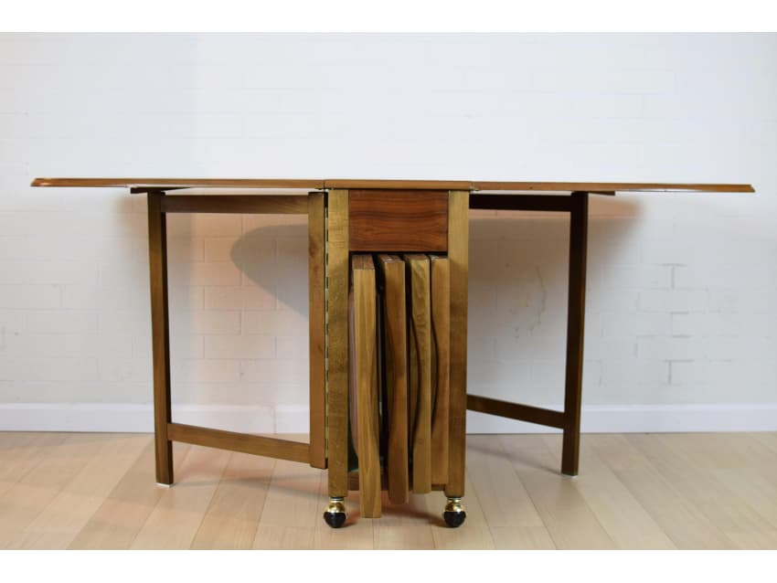 Danish Modern Folding Dining Table With 4 Chairs