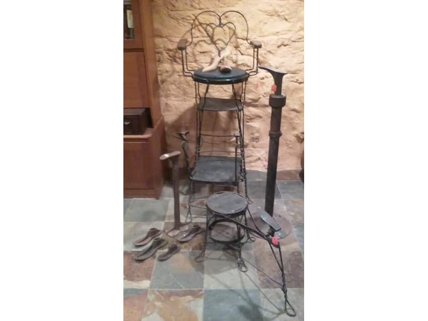 Antique Shoe-shine Chair - Antique Shoe-shine Chair - Apartment Therapy Marketplace Classifieds