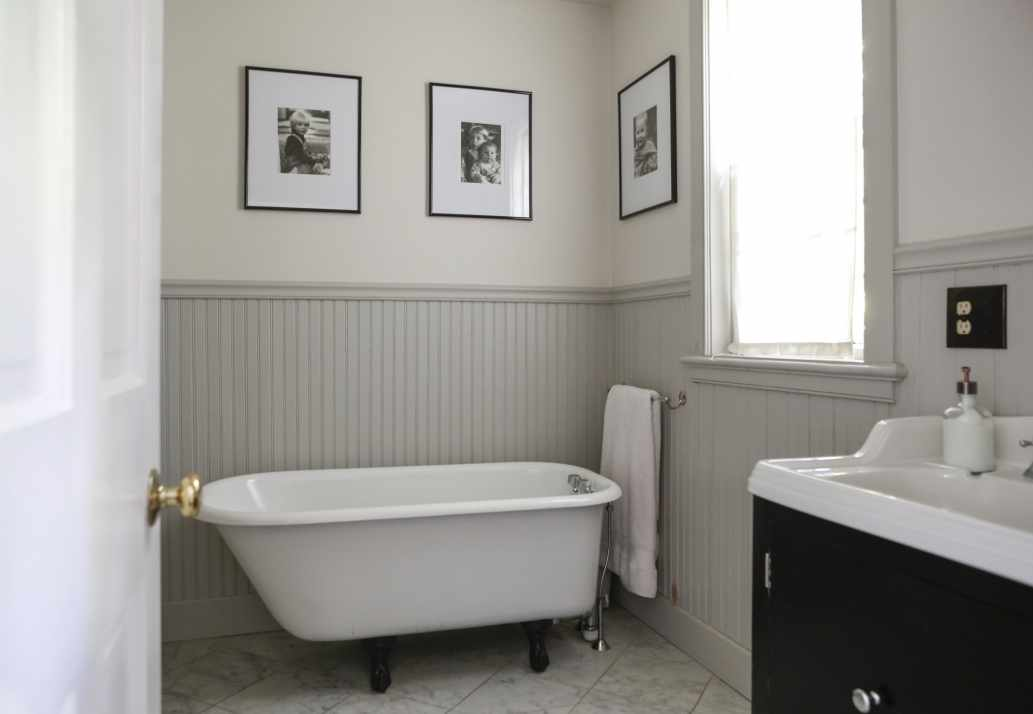 Bathroom Wainscot: Beadboard Vs Wainscoting