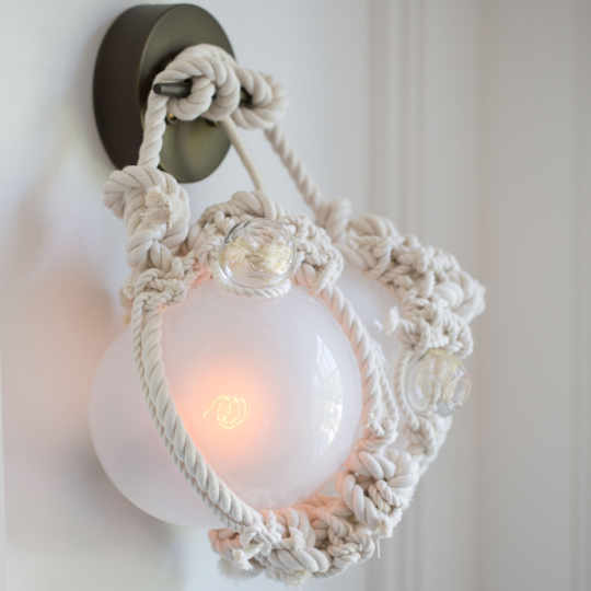 Knotty Bulbs Sconce by Lindsey Adelman