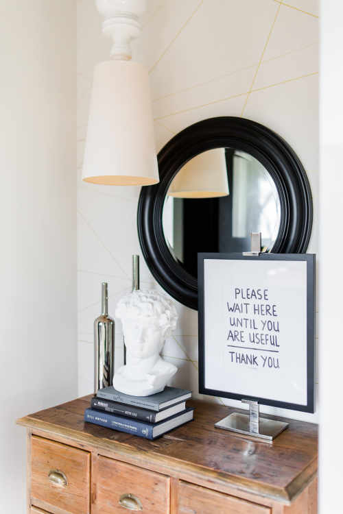 5 Reasons You Should Add a Round Mirror to Your Space