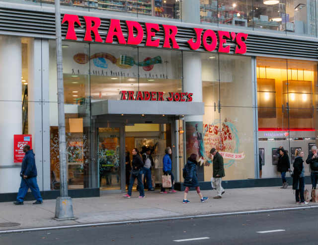 The Most Ridiculously Fall-Themed Items in Trader Joe's October Fearless Flyer — Shopping