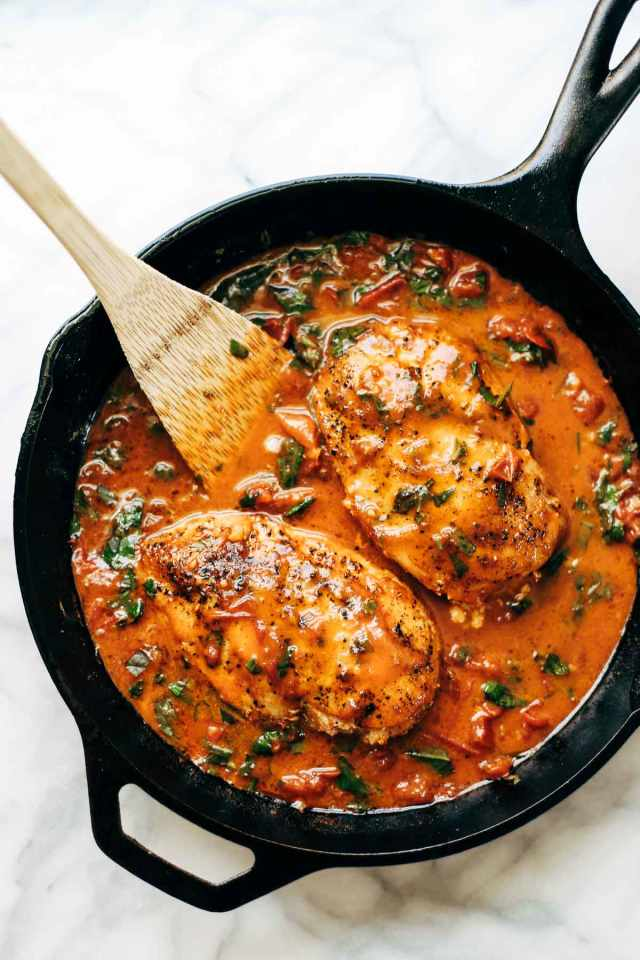 This Garlic Basil Chicken with Tomato Butter Sauce Is Unreal — Delicious Links