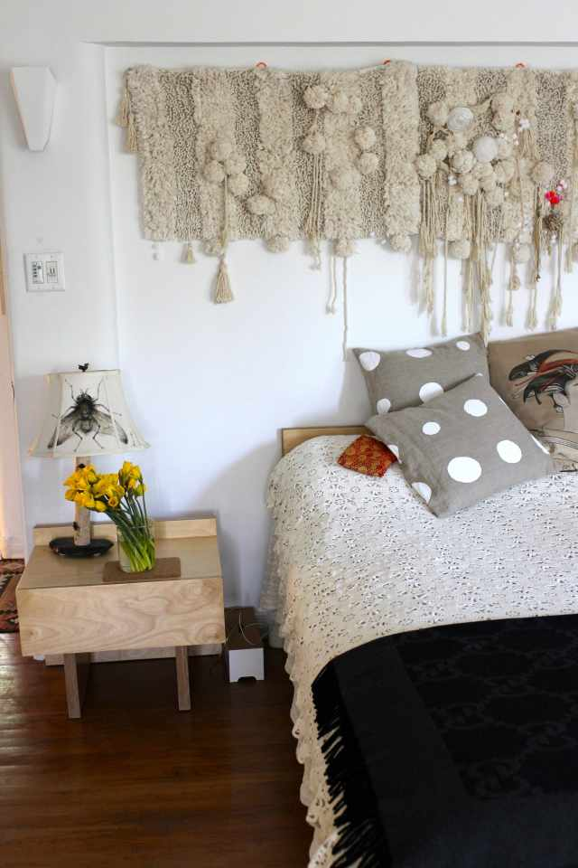 House Tour A Worldly Abode In La Apartment Therapy