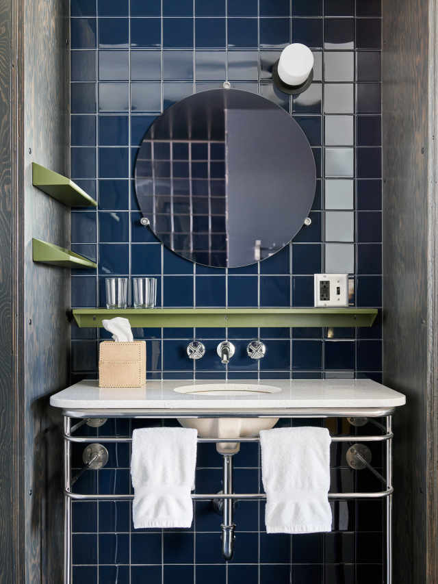 2018 bathroom decor trends apartment therapy for Ace hotel decor