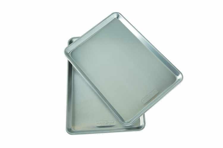 Nordic Ware Natural Aluminum Commercial Baker's Half Sheet (2 Pack)