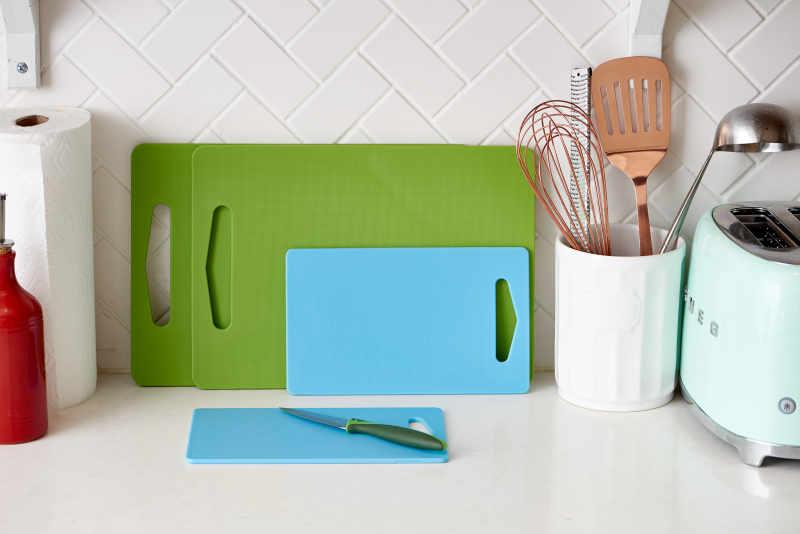 the best kind of cutting board kitchn. Black Bedroom Furniture Sets. Home Design Ideas