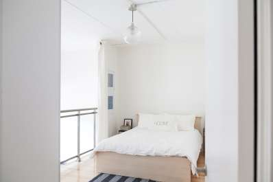 Soundproof Your Rental Bedroom in Under 10 Minutes | Apartment Therapy