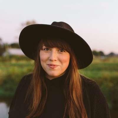 Elissa Crowe