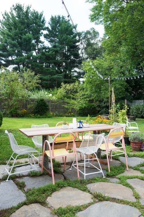 (Image credit: Emily Billings). Thinking about a sweet table and chairs ... - Best Outdoor Furniture: Dining Tables & Chairs Apartment Therapy