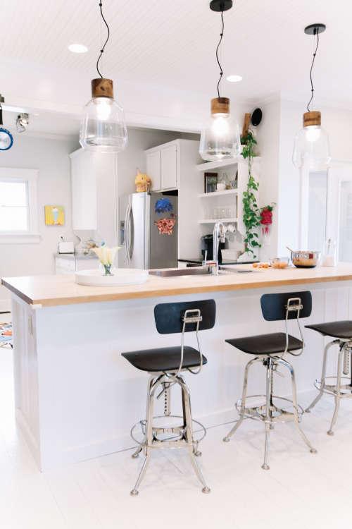 jessicas vintage modern nashville home - Kitchen Bar Ideas