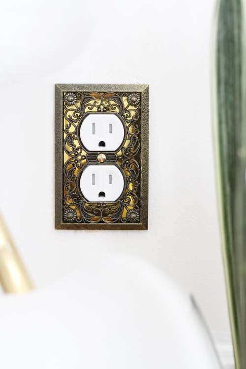 How To Swap a Two-Prong for a Three-Prong Outlet | Apartment Therapy