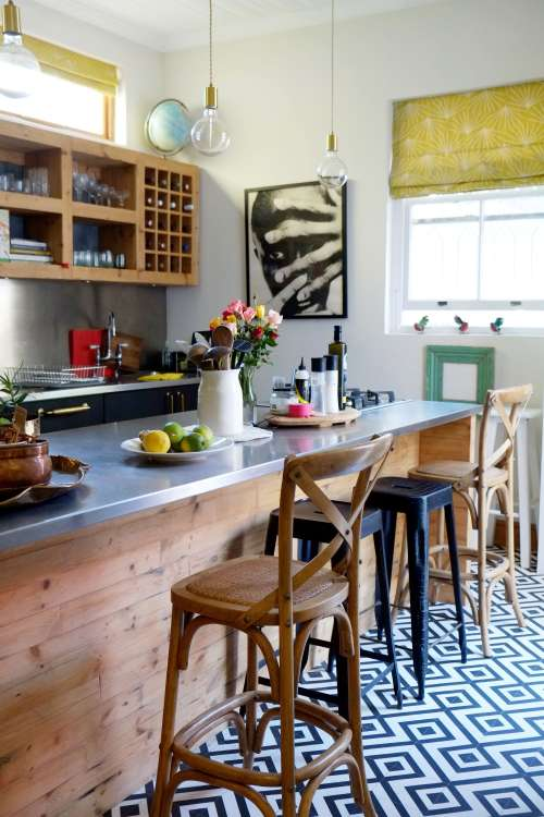Bold & Beautiful Patterned Kitchen Floors in Real Homes | Apartment ...
