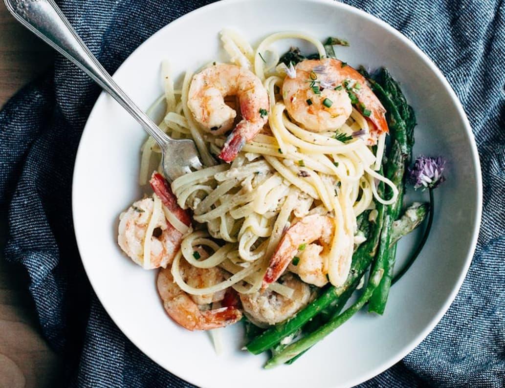Creamy Asparagus and Shrimp Pasta