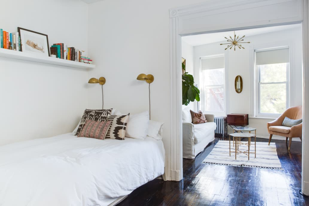 20 Incredibly Helpful Design & Storage Ideas for Your Small Bedroom