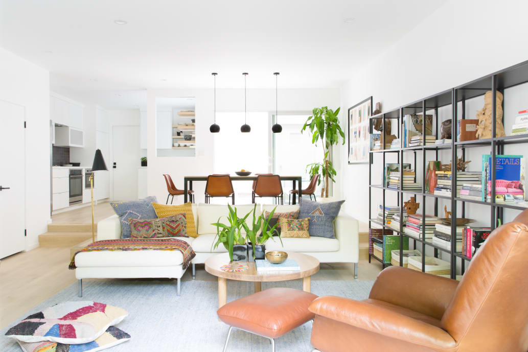 Don 39 t make these mistakes when arranging your living room - How should i decorate my small bedroom ...