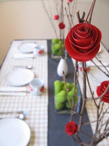 Easy entertaining four ideas for diy paper flower centerpieces kitchn apparently paper flowers have come a long way since the tissue paper carnations of our grade school years these are lovely enough to serve as a centerpiece mightylinksfo