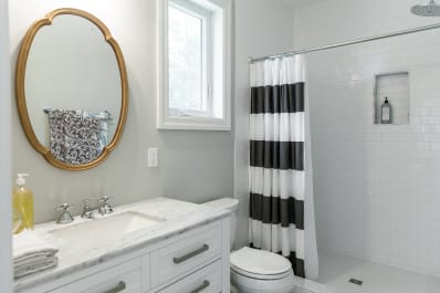 Bathroom Organizing Tip Using Two Shower Curtain Rods Apartment
