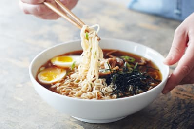 Make asian noodles ramen
