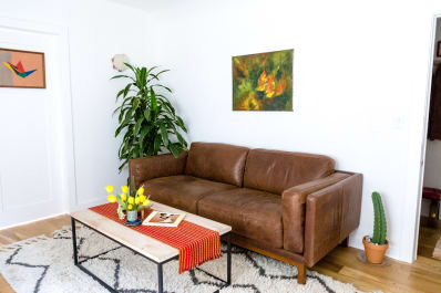House Tour Classic Bohemian Meets 70s Minimalist Apartment Therapy