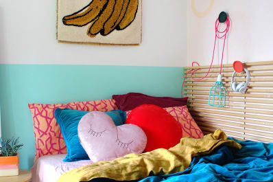 Smart Amp Stylish Design Tips From An Extremely Tiny Bedroom - Extremely-stylish-apartment