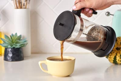 does pouring height make a difference in coffee taste kitchn
