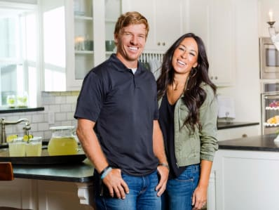 here s the net worth of your favorite hgtv stars apartment therapy