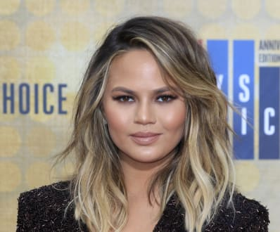 slimming haircuts for fat faces chrissy teigen made a menu for picky kitchn 2972 | c0b47085db5e940c13e00059ff5796df5f072bf4