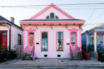 Unusual Exterior Paint Color Combos That Actually Look Really Great - Paint-colours-for-house-exterior