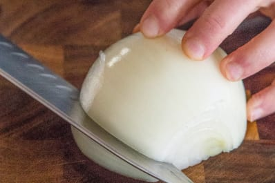 How to slice onions
