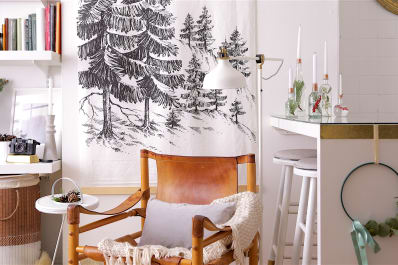 christmas decorating ideas for small spaces apartment therapy