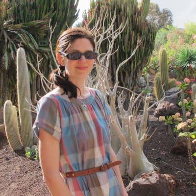 Photo of Rebecca Bond
