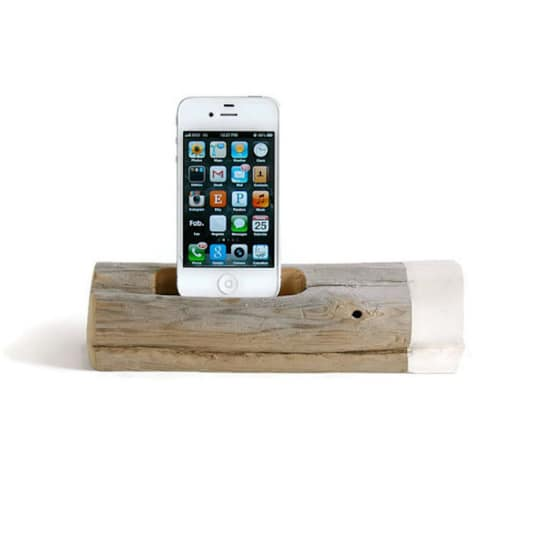 Docksmith Painted Driftwood Docking Station