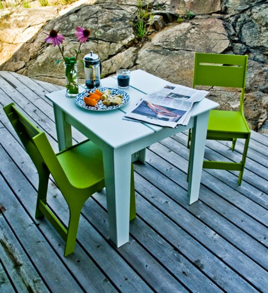 Alfresco Table and Chairs