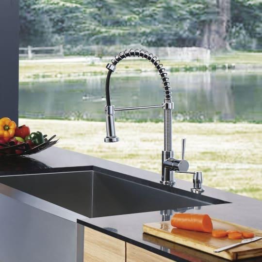 VIGO Modern spiral Kitchen Pull Out Faucet