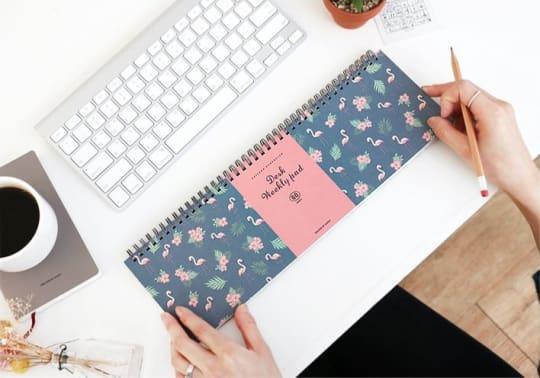 Mochi Things Desk Planner