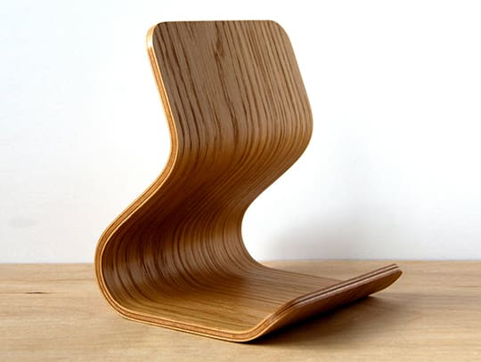 Tablet Stand in Oak and Bent Plywood by Ciseal