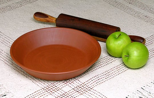 Hess Red Clay Pie Plates