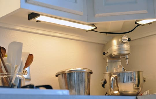 New Under Cabinet Lighting: Utilitech Xenon Lights | Kitchn