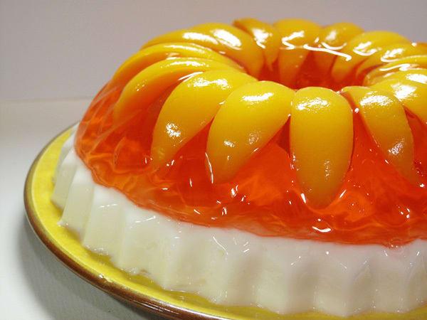 Retro Recipe Peaches Amp Cream Jello Kitchn