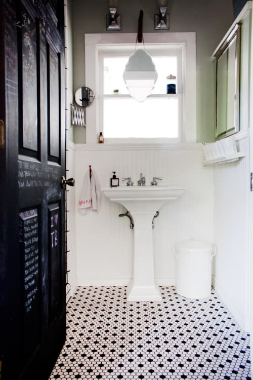 How To Make The Most Of A Bathroom With A Pedestal Sink Apartment